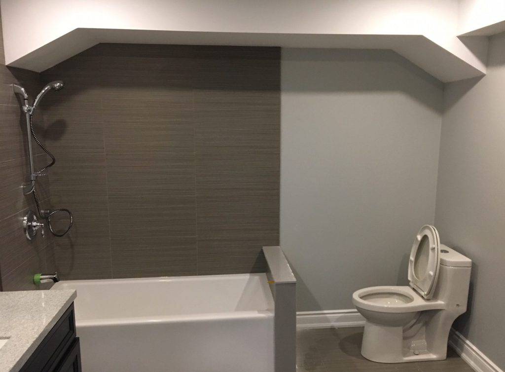 amazing two tone brown and gray wall painting in luxury bathroom remodel