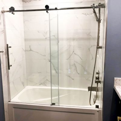 amazing bathtub with glass enclosure - bathroom remodel
