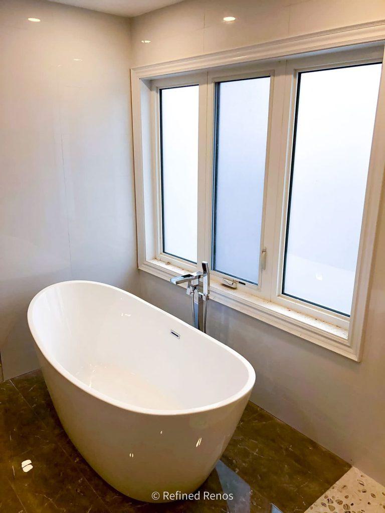 Freestanding Bathtub - Bathroom Remodeling Toronto
