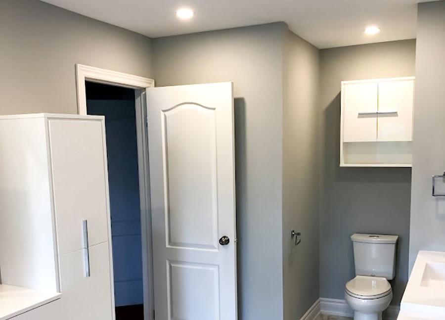 custom small bathroom with gray wall painting - bathroom renovation scarborough